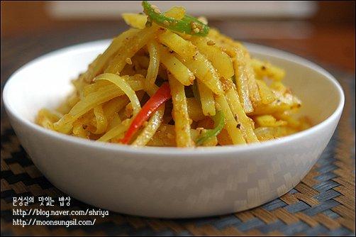감자채 카레볶음